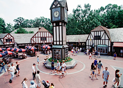 Its official Busch Gardens Williamsburg is opening for Christmas