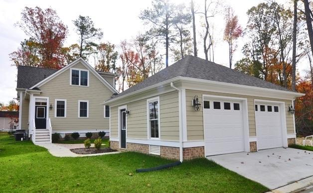 Charlotte park in new town in williamsburg va now offers for Homes with detached garage