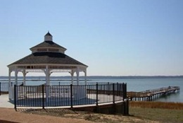 gazebo and pier at river club, gloucester va
