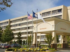 Interstate Hotels & Resorts today announced that it has formed its fourth joint venture with Waramaug Hospitality LLC and a private investment group and acquired the 295-room Williamsburg Hotel & Conference Center (formerly, the Marriott Hotel Williamsburg) for an undisclosed amount. The hotel will immediately undergo a $7.5 million comprehensive renovation and convert to the  upscale DoubleTree by Hilton brand. Interstate will manage the hotel under a long-term contract.