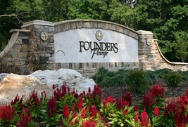 Entrance to Founders Pointe in Isle of Wight