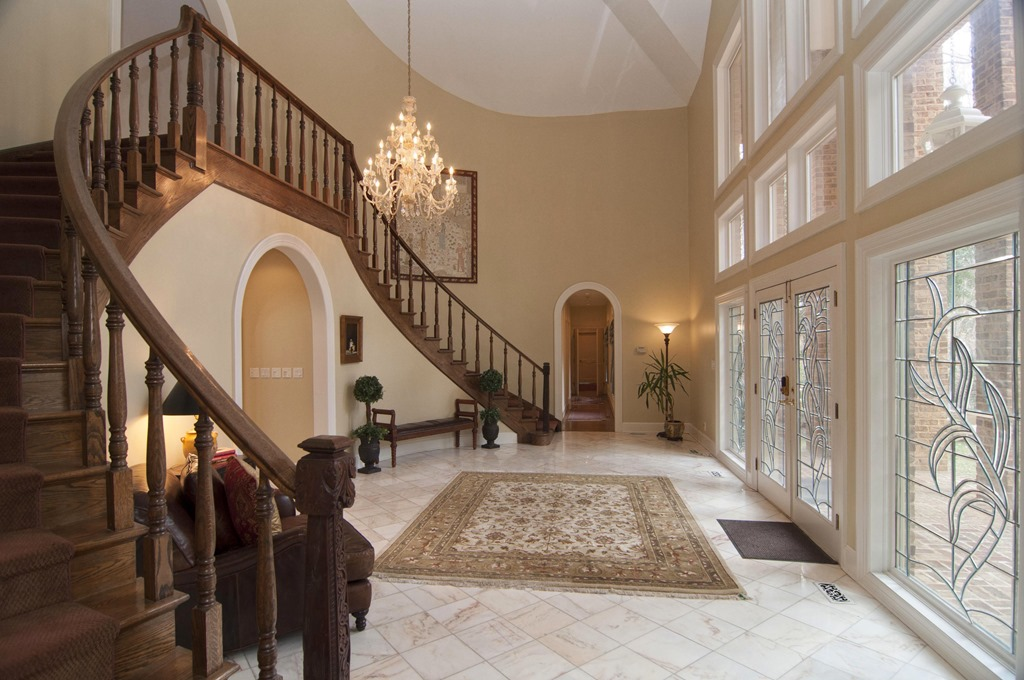 Two Story Foyer Xl : Grand waterfront home for sale in kingsmill mr