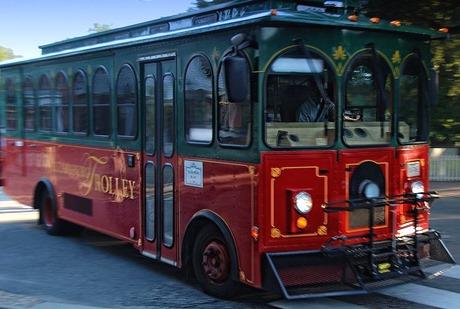 williamsburg trolley