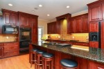 kitchen2_thumb.jpg